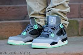 green glow 4 air iv green glow gallery kicks classics