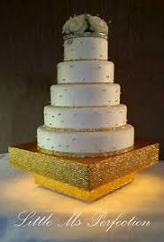 gold wedding cake stand large gold silver diamante light up wedding cake stand podium