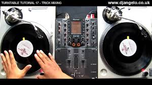 dj table for beginners turntable tutorial 17 trick mixing youtube