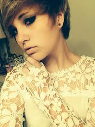 pixie sort of scene hair cut love it u003c u003c u003c if my make up would look