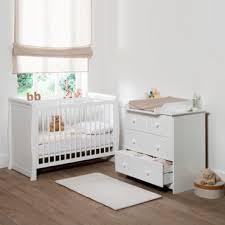 chambre bébé pratique chambre d enfant les plus jolies chambres de bébé une chambre