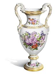 vase with snake handles bouquet of roses h 52 cm meissen