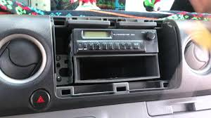 nissan urvan escapade modified desmontar estereo how to remove radio nissan urvan 2012 2015