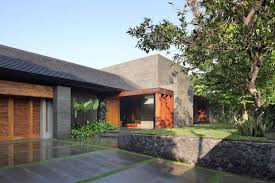 garden inside house minimalist door and windows of contemporary house that has paver