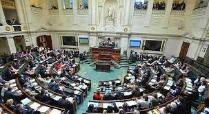 chambre belgique les députés belges interdisent le port du voile intégral