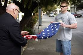 Flying The Us Flag Upside Down Veterans Tussle Over Upside Down American Flag At War Protest