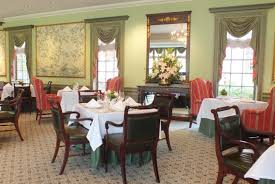 Roosevelt Lodge Dining Room by New Look Dress Code For Regency Room At Williamsburg Inn