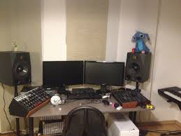 How To Make A Studio Desk by What Does Daniel Use To Make Music U2013 C418