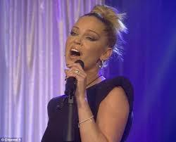 Hit The Floor Lyrics - cbb u0027s sarah harding doesn u0027t sing as well as amelia lily daily