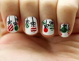 21 fabulous and easy christmas nail designs crazyforus
