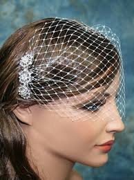 rhinestone hair style ivory birdcage veil with rhinestone hair comb bbvr003