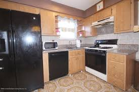 staten island kitchen cabinets 1080 manor rd staten island ny 10314 mls 1107476 redfin