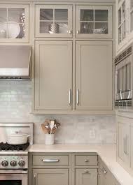 repeindre ses meubles de cuisine peindre ses meubles de cuisine travaux pour repeindre ses meubles de