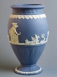 The Blue Vase Ultramarine Is Here To Stay Bow Down To The Blue Color Story
