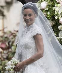 Wedding Dress Uk Pippa Middleton Chose Giles Deacon For Wedding Dress Daily Mail