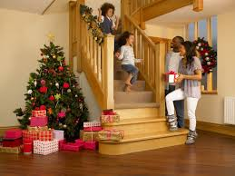 Decorating Banisters For Christmas How To Make The Stairs Look Festive For Christmas Ebay
