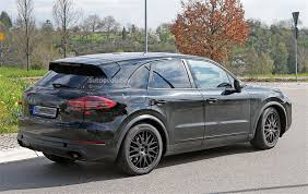 Porsche Cayenne Interior - 2018 porsche cayenne interior revealed gets larger infotainment