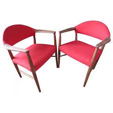 fauteuils rouges paire de fauteuils rouges erik kirkegaard ées 60 design market