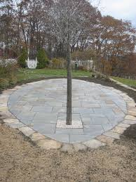 Cutting Patio Pavers Installing Your Own Stone Patio Using Flagstone Brick Or Patio Pavers