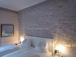 echte steinwand im wohnzimmer 2 haus renovierung mit modernem innenarchitektur geräumiges echte