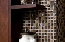 badezimmer in braun mosaik mild badezimmer in braun mosaik kleines bad fliesen creme moderner