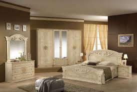 how to decorate a bedroom with cream bedroom furniture bangaki cream bedroom furniture cream white bedroom furniture raya furniture uavvawz