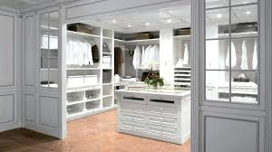 Walk In Closet Designs For A Master Bedroom Master Bedroom With Walk In Closet Narrow Closet Ideas Closet