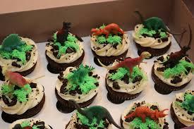 dinosaur cupcakes rexburg cakes i am loving these dinosaur cupcakes