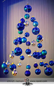 Christmas Tree With Blue Decorations - blue christmas decorations christmas celebrations