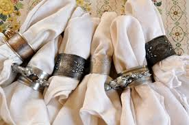 how to set a table with napkin rings soulemama for the table part two