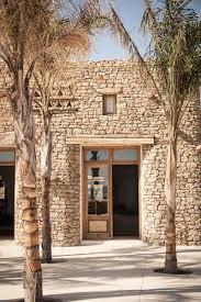 Schlafzimmer Mediterran Mediterrane Terrasse Mit Kalkstein Und Naturholz Hergerichtet