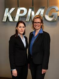 Stephanie Kaup är Årets Ekonomistudent 2011 | Cision Wire - showmedia