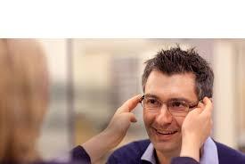 Job Description For Optician Trainee Dispensing Optician Specsavers Uk Careers