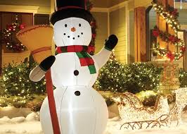 Light Up Snowman Outdoor 5 Tips For Decorating With Holiday Inflatables Garden Club