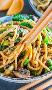 spinach mushroom leek noodle bowls peas and crayons
