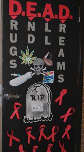 2013 door decorating contest winner ribbon week at salem