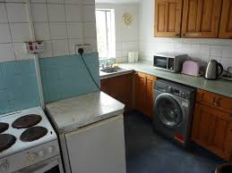 four bedroom four bedroom terrace house 5 min walk to swansea uni singleton