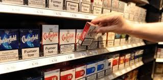 ouvrir un compte dans un bureau de tabac les buralistes vont se muer en guichets de banque challenges fr