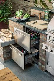 outdoor kitchen backsplash stunning traditional outdoor kitchen design countertops