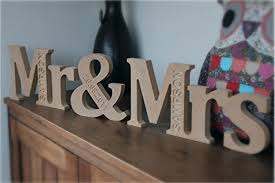 mr and mrs table decoration mr and mrs table sign wedding tips and inspiration