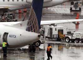 united airlines how many bags carry on crackdown united enforces bag size limit startribune com