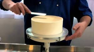coating a cake in royal icing video demonstration youtube