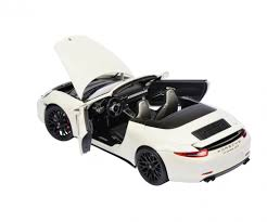 Porsche 911 Gts - porsche 911 carrera gts cabriolet white 1 18 car models