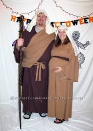 Halloween Costumes Pregnant Couples Pregnant Priest Halloween Costumes