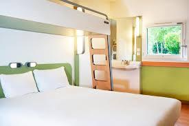 hotel chambre familiale tours hotel ibis budget tours centre gare et congrès touraine