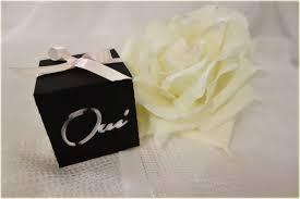 petit ballotin de dragées pour un mariage en noir et blanc - Contenant Dragã Es Mariage
