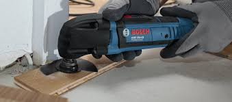 Best Blade To Cut Laminate Flooring What U0027s The Best Accessory For Your Oscillating Multi Tool