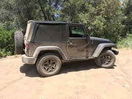 jeep wrangler 2017 getting dirty u2013 2017 jeep wrangler willys wheeler review