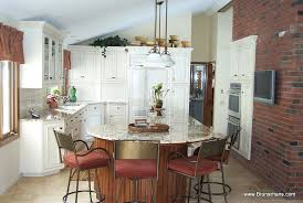 distinctive kitchens and baths custom made
