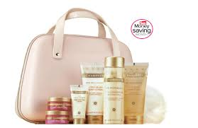 Spa Gift Sets Indulge In A Champneys Home Spa Gift Set For U0026pound 24 U2014 Yours
